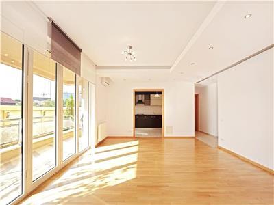 Apartament 3 camere cu gradina exclusiva la 300m de Parcul Herastrau